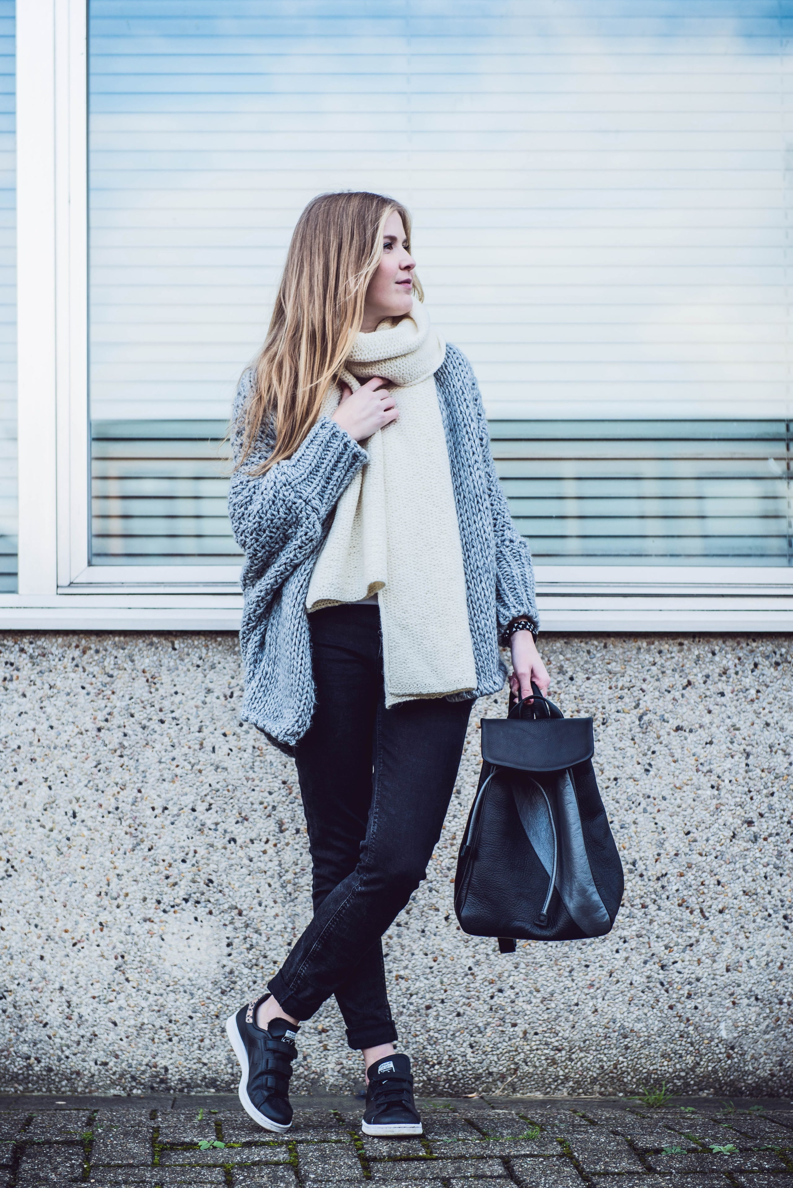 outfit knitwear grey