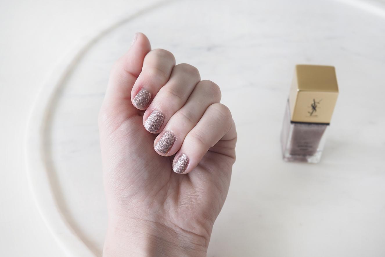 YSL savage pink nagellak 1