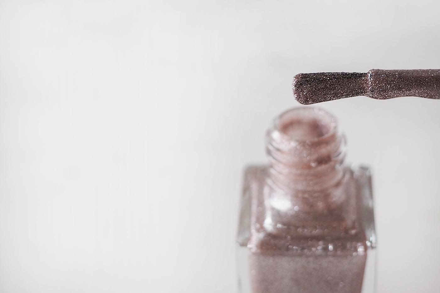 YSL savage pink nagellak summer beauty