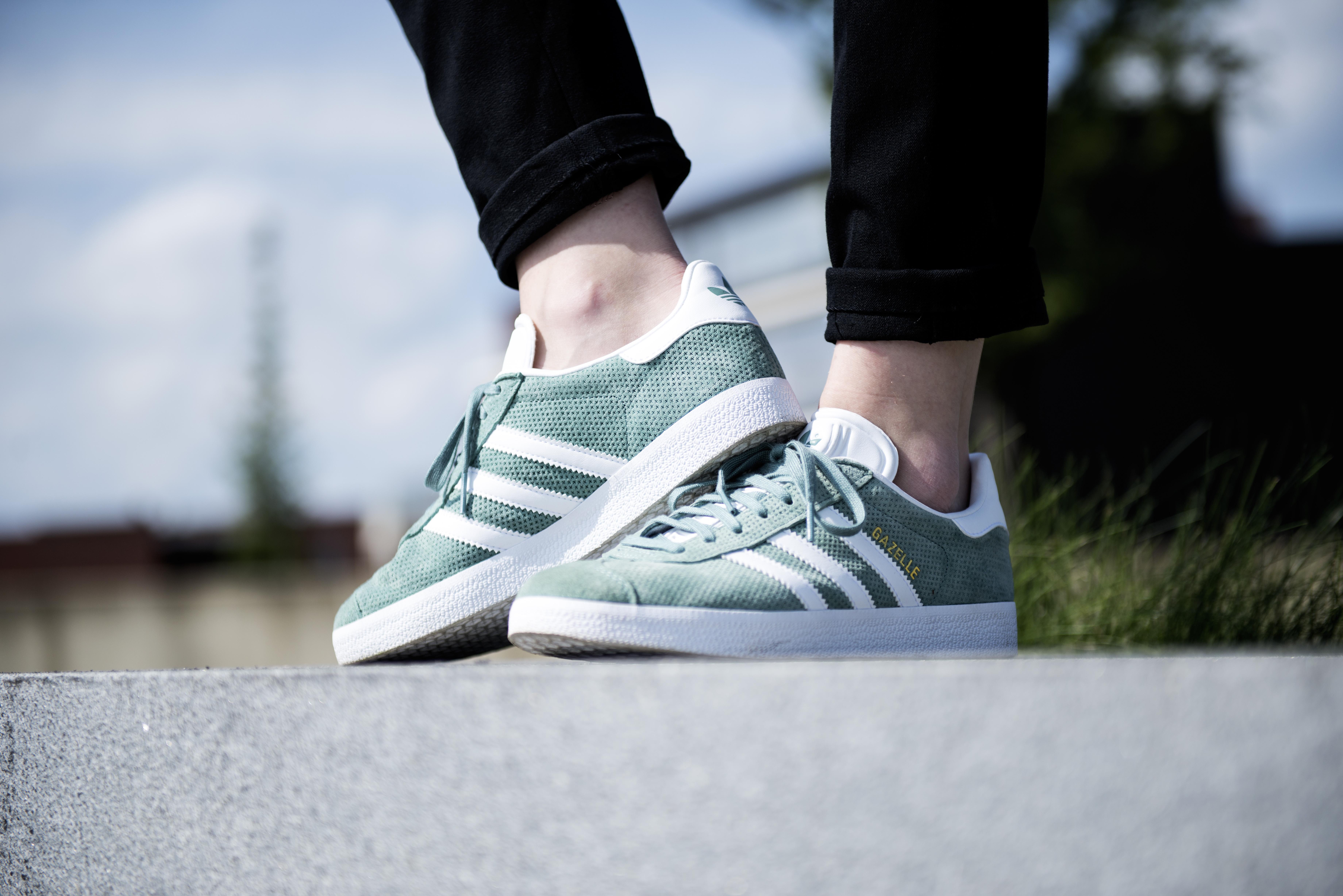 TAKE-OFF Sneakerstore - 10% korting